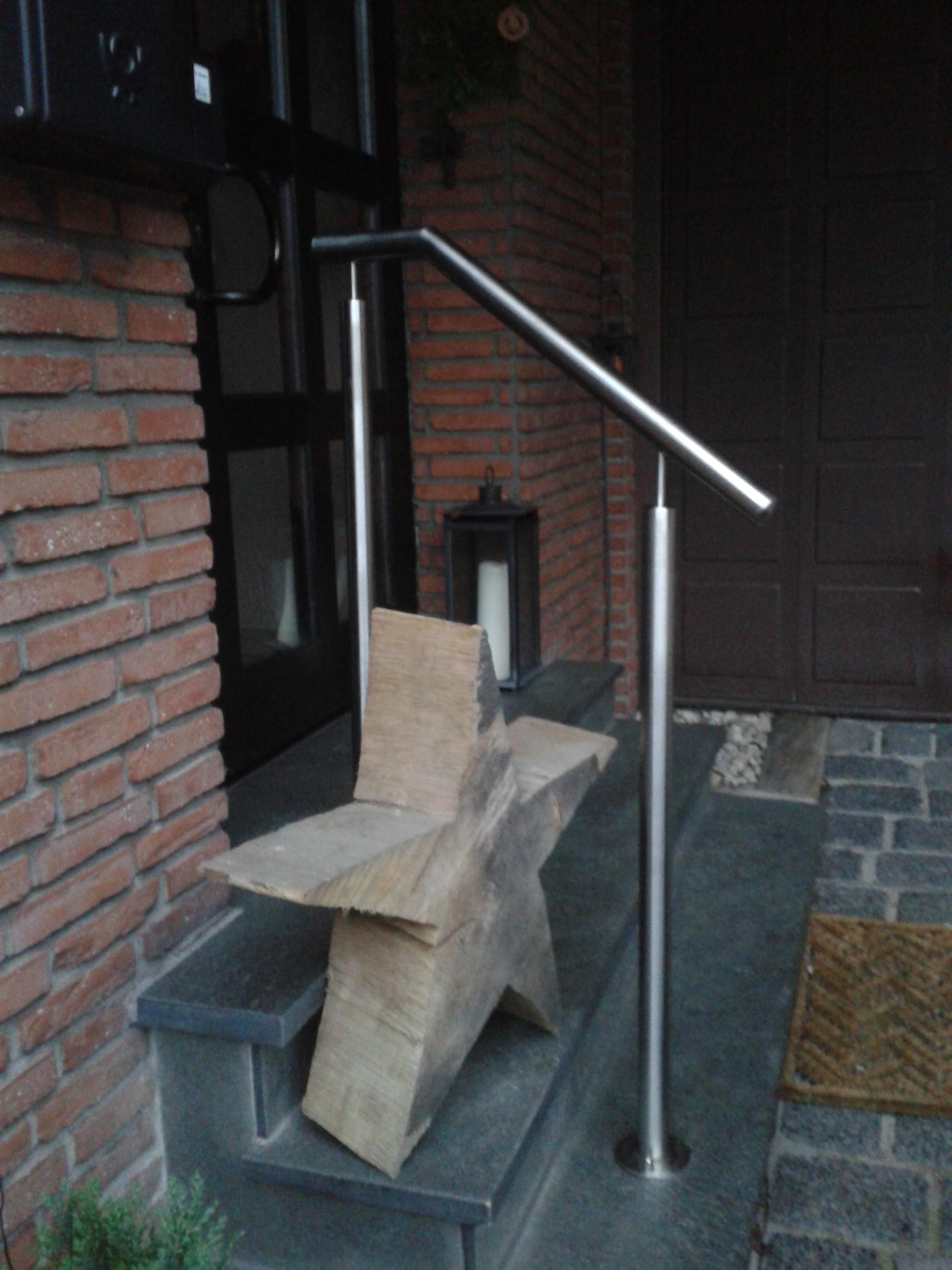 Geländer im Hauseingangsbereich